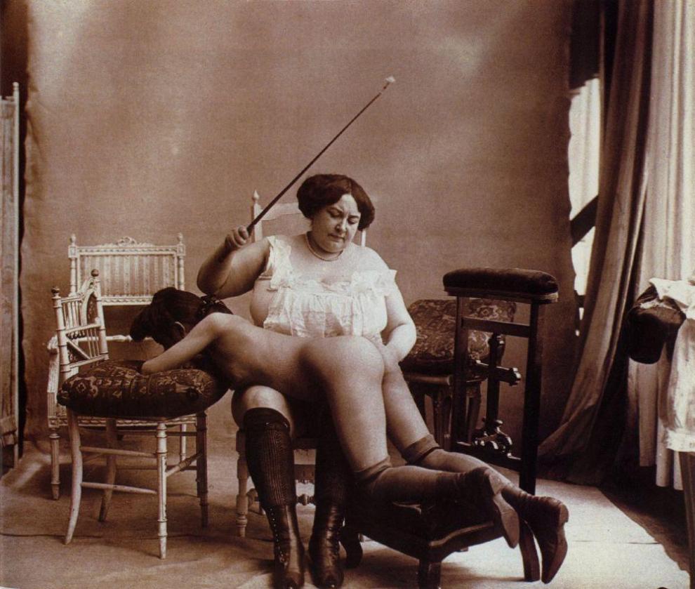 Эротические наказания девушек 1 фотография