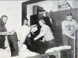 Gus 1952a
